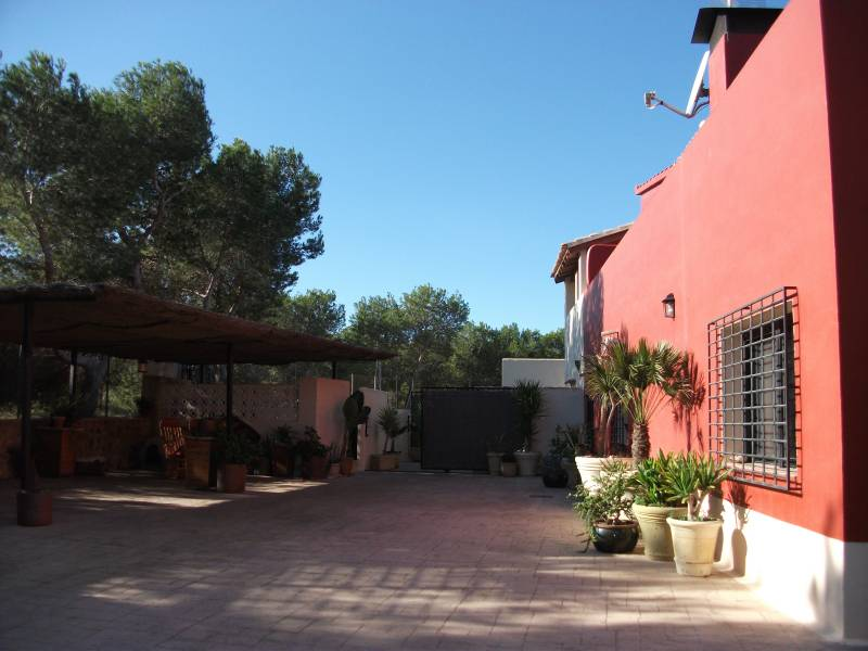 Resale - Detached Villa - La Marina - La Marina Village