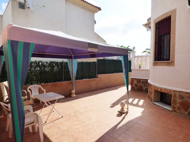3 bed Detached Villa in Urbanización La Marina image 14