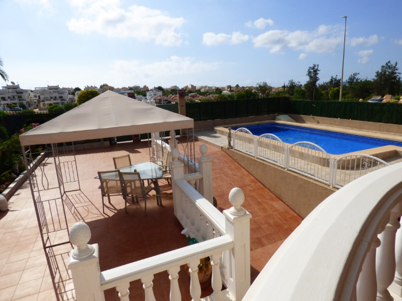 3 bed Detached Villa in Urbanización La Marina image 21